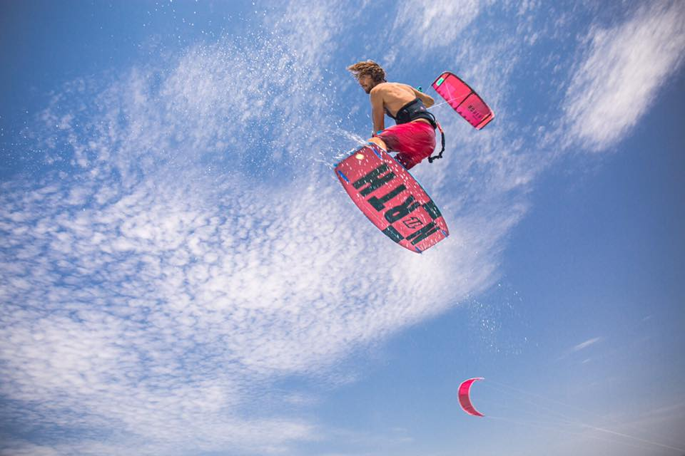 Giacomo Barberi making tricks in Punta Trettu