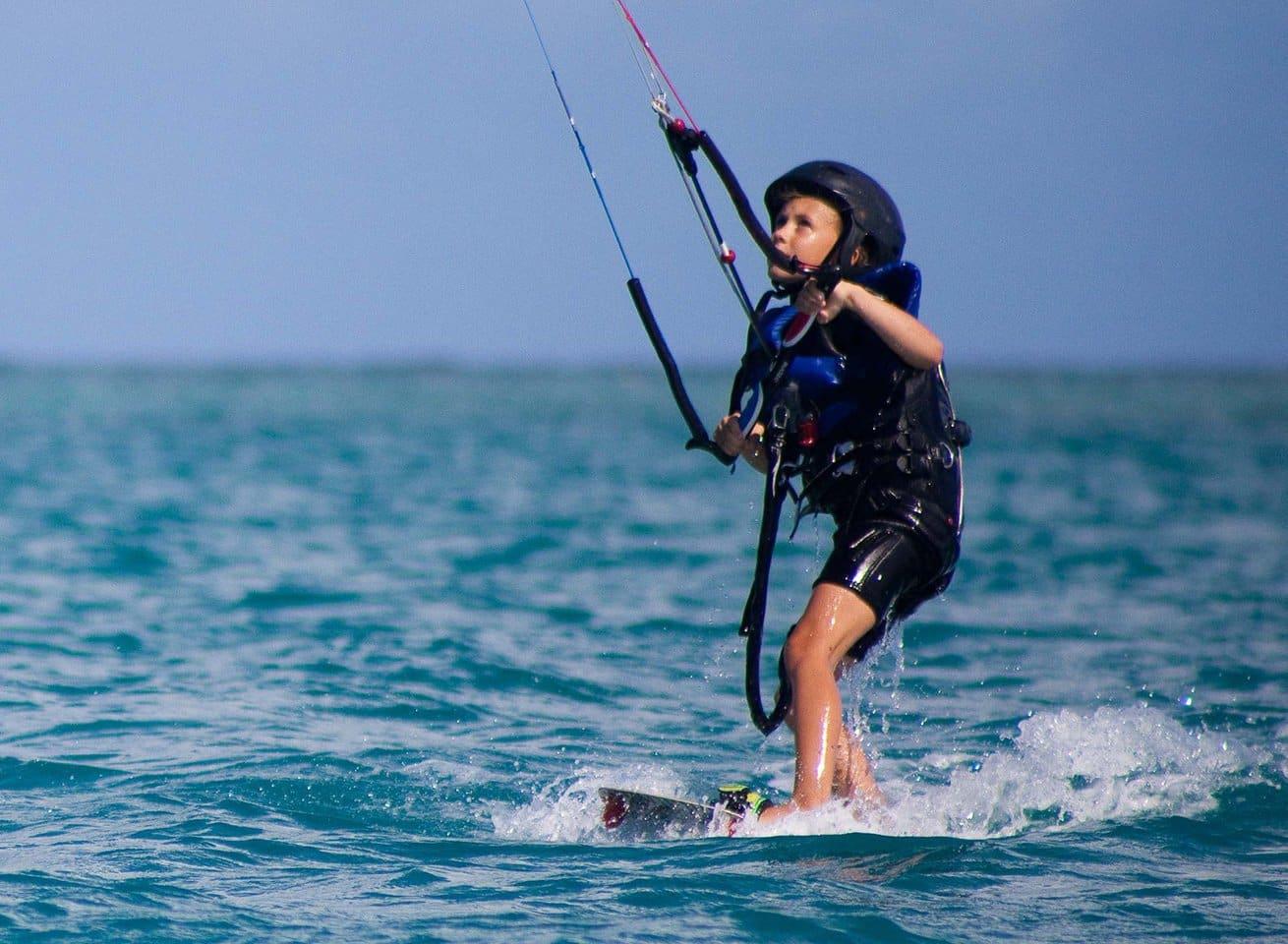 kitesurfing-school-for-kids-in-punta-trettu